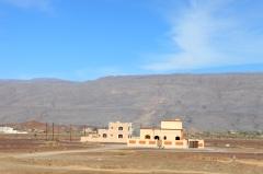 rumah penduduk. di Oman pemerintah ngasih tanah kalau penduduknya menikah -pinjem jepretan suami