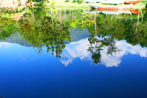 reflection on Danau Mandalawangi