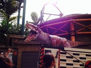 T-rex lewat