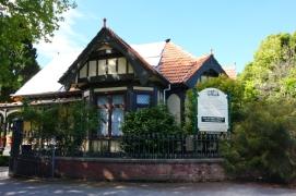 8 mona vale house