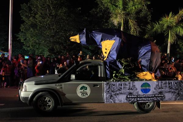 parade 24