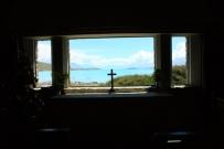 Di dalam gereja Good Shepherd