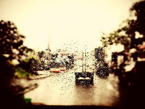 pawang hujan