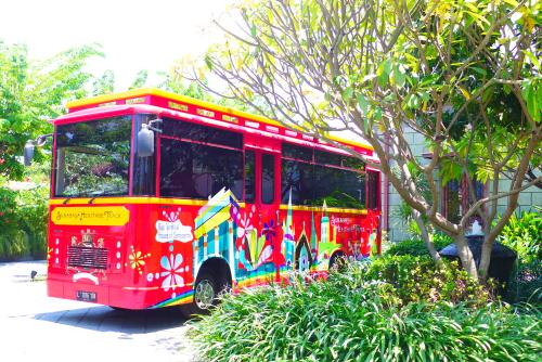 Surabaya Heritage Track Bus